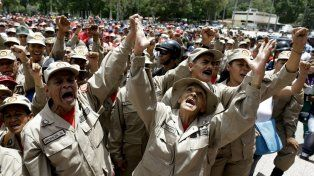 Milicias bolivarianas participarán hoy de las maniobras militares dispuestas por el gobierno de Maduro.