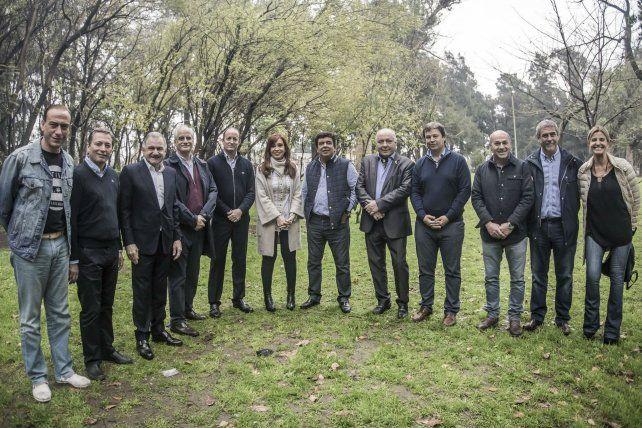 Bucólico. Cristina compartió un almuerzo con intendentes en la localidad de Lomas de Zamora.