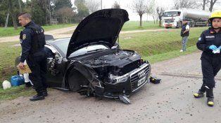 El coche de Matías Messi quedó con importantes daños.