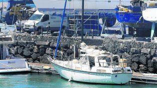 ultramar. La travesía del velero fue monitoreada por la Guardia Civil.