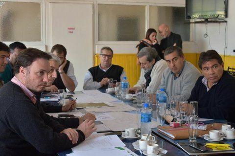 Decisiones. Funcionario provinciales y municipales así como legisladores se reunieron en Melincué.