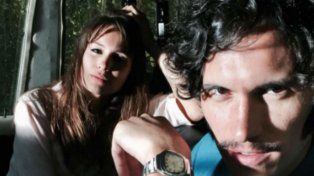 Pampita y el rosarino Juan Sorini en un alto de la filmación de Desearás al hombre....