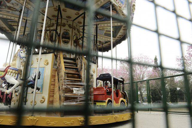 Robos y destrozos en un ataque vandálico a la calesita del Parque Sunchales