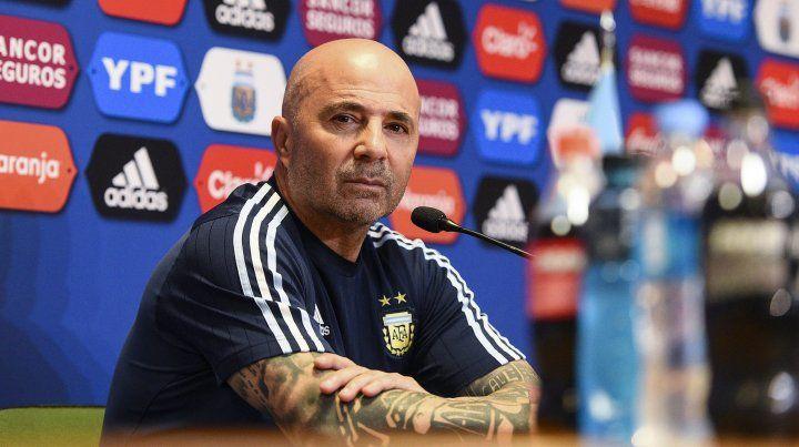 El DT de la selección nacional Jorge Sampaoli dijo que todavía no tiene el equipo para jugar con Uruguay.