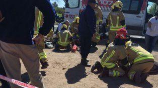 Un muerto y un herido grave en un choque entre una moto y un camión en la ruta 33