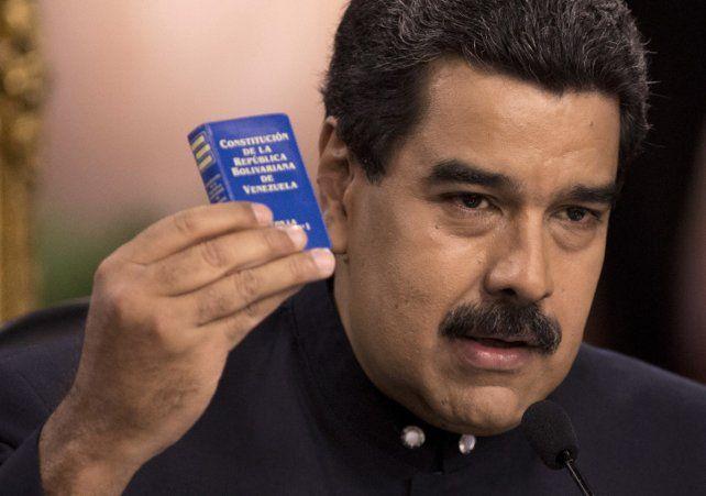 Creo que con el tiempo hemos visto una erosión de la vida democrática en Venezuela