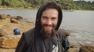 Aparecieron nuevas fotos y un video de Santiago Maldonado a pocos días de desaparecer