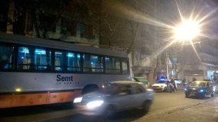 Acudieron dos ambulancias y un móvil policial pero no se reportaron heridos de gravedad.