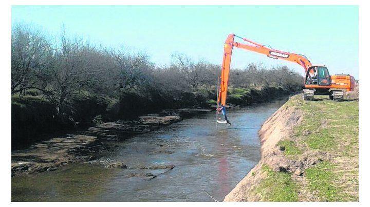 prevenidos. Los trabajos mejorarán el escurrimiento de excesos hídricos.