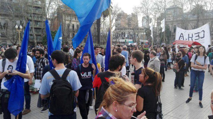 Unas 40 mil personas se congregaron en Rosario para reclamar por la aparición de Santiago Maldonado