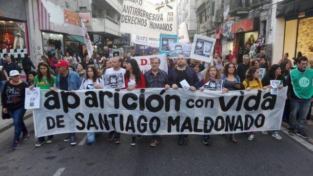 El reclamo. Miles de personas se movilizan por Santiago Maldonado