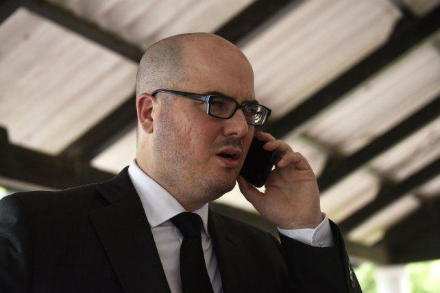El fiscal Sebastián Narvaja quedó envuelto en la polémica junto a su colega Adrián Mac Cormack.