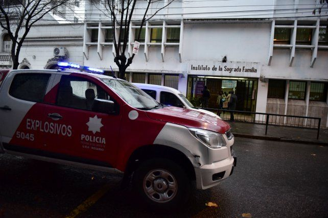 Cada advertencia que llega a la central policial 911 moviliza vehículos