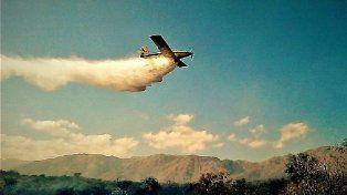 La situación en las sierras es muy complicada. Los aviones trabajan en forma incesante.