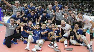 Con dos rosarinos en el plantel, los varones de Argentina se metieron en el Mundial de Vóleibol