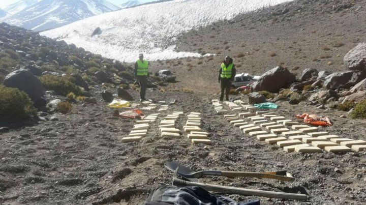 Alto. La carga fue hallada en una camioneta a 4.600 metros de altura.