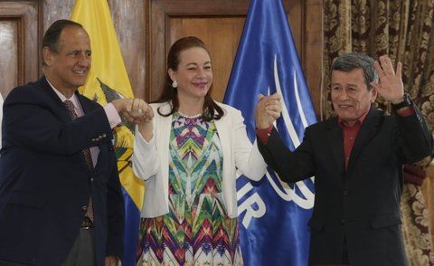 exito. La ministra de Exterior de Ecuador