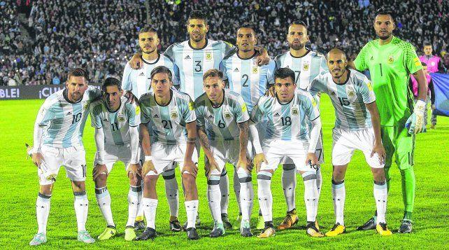 Golpe de efecto y afecto para Argentina en el estadio Monumental