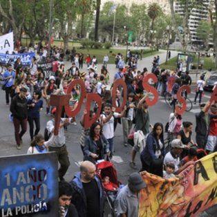 reclamos. El caso de Franco, hallado muerto en el Paraná tras ser detenido ilegalmente, originó varias marchas.