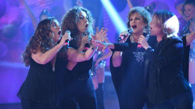 Cuatro cantantes de  lujo dieron un show inédito de cuarteto y homenajearon a Rodrigo