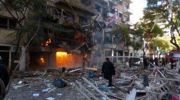 La explosión por una fuga de gas en Salta 2141 dejó 22 víctimas fatales y decenas de heridos.