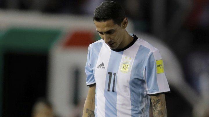 Angel Di María sólo estuvo en cancha 24 minutos frente a Venezuela