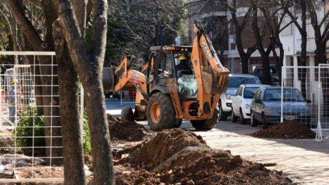 El municipio empezó a remodelar calle Maipú entre 27 de Febrero y Pellegrini
