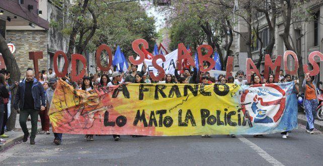 Una de las marchas en reclamo por el esclarecimiento de la muerte de Franco Casco.