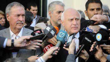 El gobernador Miguel Lifschitz se reunió hoy con los gobernadores que reclaman fondos de coparticipación.