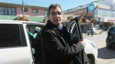 Claudio Avruj, ayer al llegar al Juzgado de Esquel para reunirse con el juez Guido Otranto.