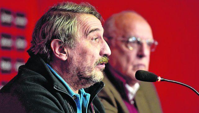 Presente. El tesorero Alberto Sauro fue uno de los que viajó a Buenos Aires. Estuvo acompañado por el protesorero Cantarelli.