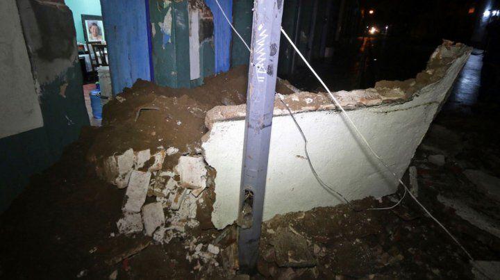 Confirman que son 32 los muertos por el fuerte terremoto que sacudió al sur de México