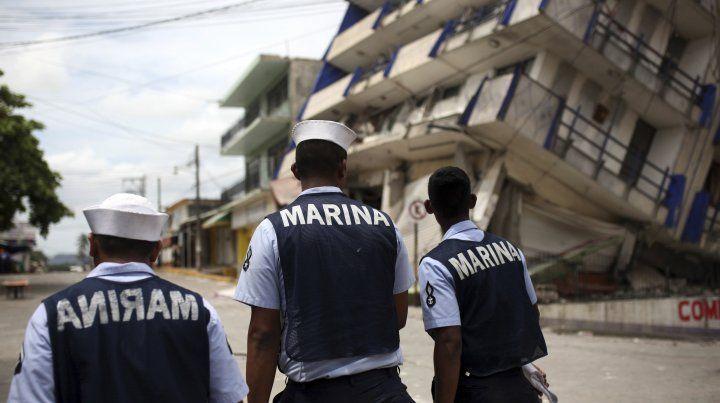 Uno de los edificios que cedió durante el terremoto en el sur de México.