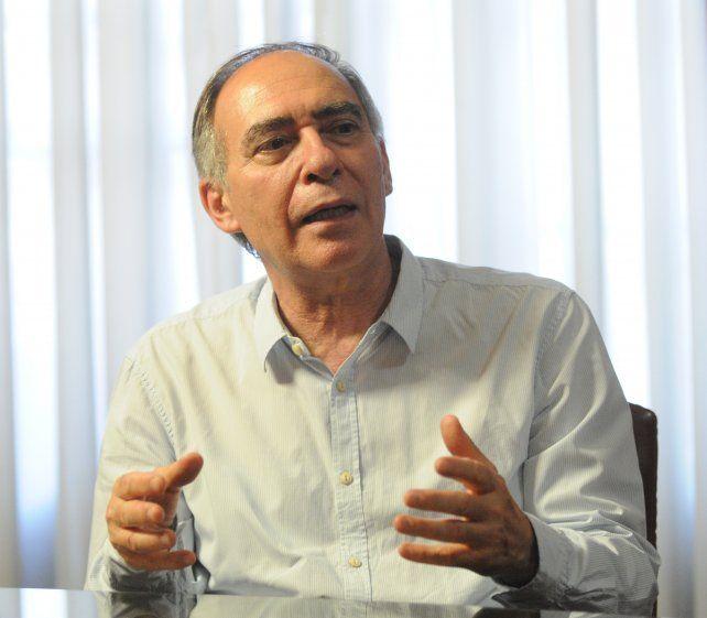 Politólogo. Quiroga dice que en los cambios en los paradigma mucho tiene que ver la independencia del ciudadano frente a los partidos.