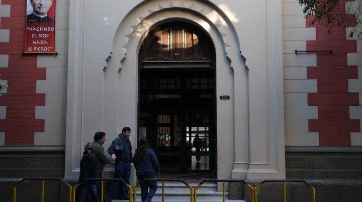 San José. El colegio donde un estudiante de tercer año hizo la amenaza de bomba en 2016 y no pudo seguir sus estudios este año en esa institución.