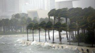 Irma, en las costas de Florida.