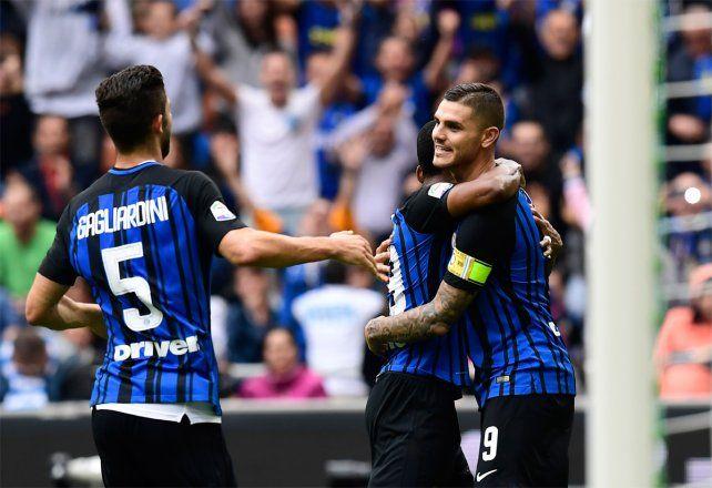 De penal. Icardi convirtió de penal en el 2-0 de Inter sobre Spal en el Calcio italiano.