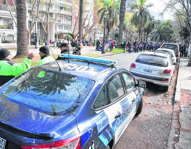Estructura. Cada falsa amenaza moviliza vehículos y una docena de agentes de policía y bomberos.