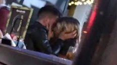 federico bal y laurita fernandez fueron captados a los besos en un bar porteno