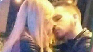 Federico Bal y Laurita Fernández fueron captados a los besos en un bar porteño