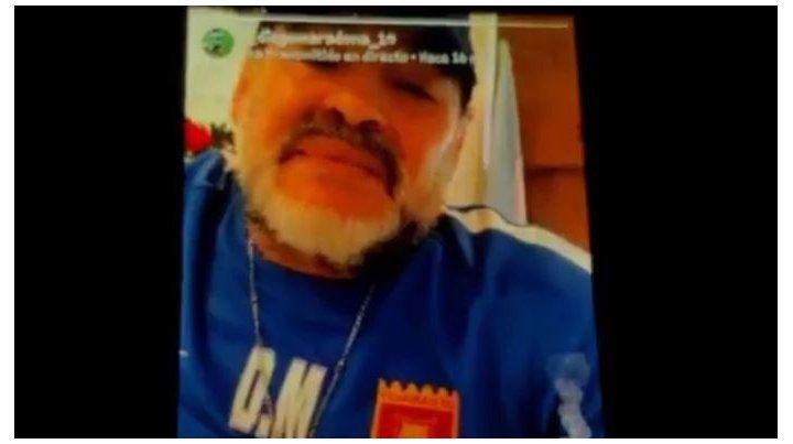 Mi mujer y yo somos leprosos, dijo Maradona a hinchas de Newells en Instagram Stories