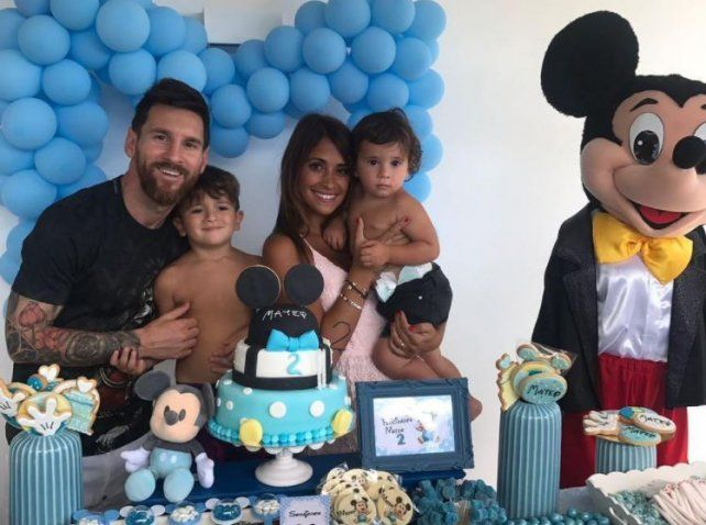 Las fotos del cumple de Mateo Messi que lo celebró con sus famosos papás y Mickey Mouse