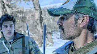 Relación compleja. Germán Palacios (al frente) y  Lautaro Bettoni personifican a un padre y un hijo que se reencuentran  después de más de una década.