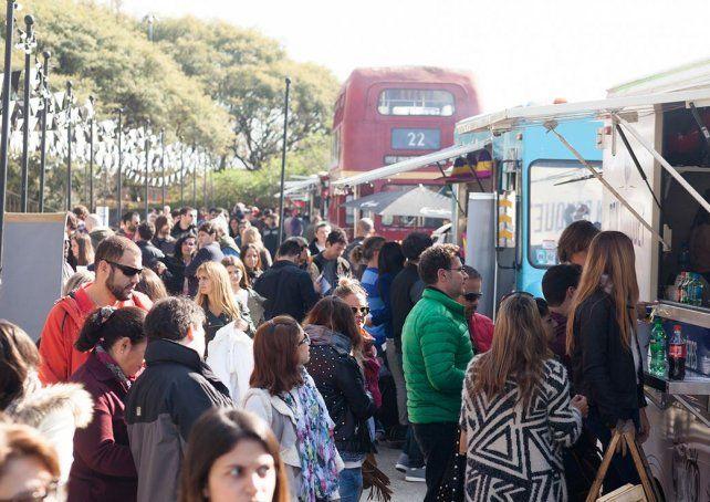 Sobre la costanera de Buenos Aires ya funcionan los Food Trucks.