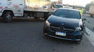 La imagen del Mercedes Benz de Pinola.