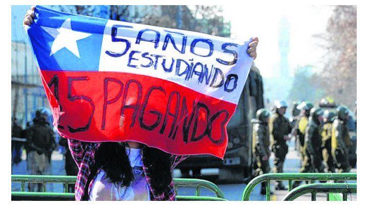 protesta. Pancarta de una de las últimas manifestaciones en Santiago.