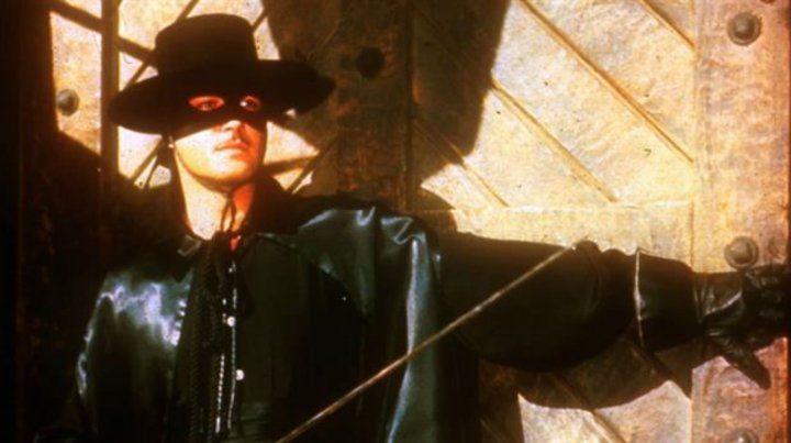 Proponen construir un monumento a El Zorro en Mar del Plata