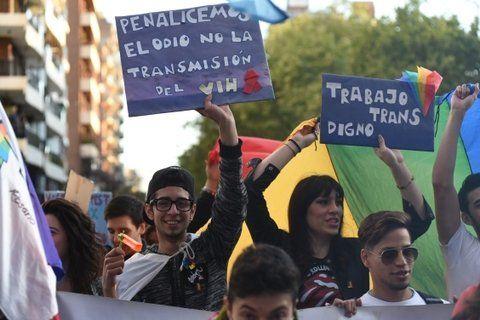 dos celebraciones. El 7 de octubre está previsto que primero esté la procesión y luego la Marcha del Orgullo.