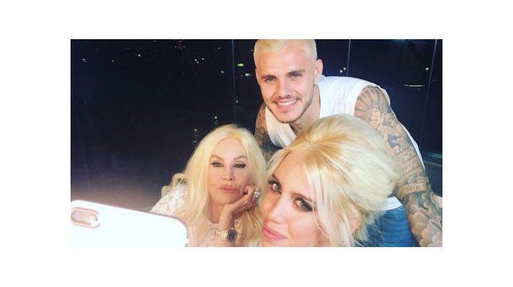 Las primeras fotos de Susana en Milán junto a Wanda y Mauro Icardi que lució look renovado