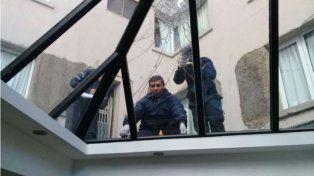 Un egresado cayó desde el cuarto piso de un hotel en pleno centro de Bariloche